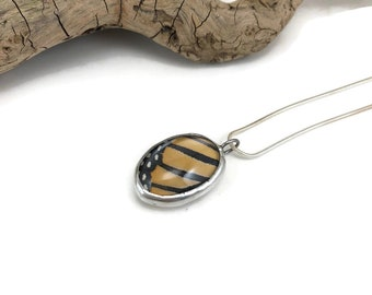 Real Butterfly wing, monarch butterfly, butterfly pendant, butterfly jewelry, Real Butterfly Necklace, insect Pendant, insect jewelry, glass