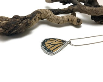 Butterfly necklace, real butterfly jewelry, Real Butterfly Wing, butterfly Pendant, monarch butterfly, unique gifts, insect jewelry, glass