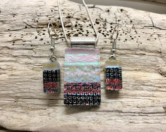 Glass Jewelry, glass set, glass pendant, Dichroic glass set, dichroic glass jewelry, fused glass set, glass pendant, glass earrings