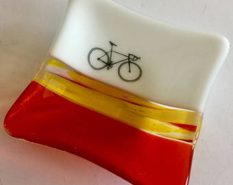 Home decor, road bike,Fused glass dish,bike, handmade glass dish,glass dish,tea bag dish, candy dish, decorative dish, fused glass plate