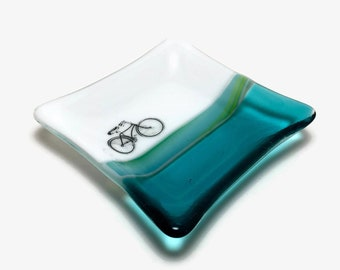 Fused glass plate, butterfly dish, handmade glass dish, dish, art, home decor, jewelry dish, candy dish, spoonrest, dish, fused glass plate