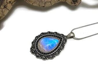 butterfly wing jewelry, Real Butterfly jewelry, butterfly Necklace, Pendant, butterfly wing pendant, butterfly necklace, morpho sulkowskyi