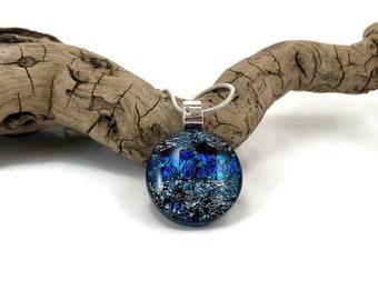Glass Pendant, Dichroic glass pendant, glass necklace, Glass Jewelry, fused Glass Jewelry, handmade dichroic glass, fused glass pendant
