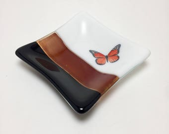 Fused glass art, fused glass plate, glass plate, glass dish, serving dish, glass art, home decor, jewelry dish, candy dish, spoonrest, dish