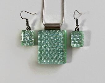 Green pendant, Fused Glass jewelry, glass necklace and earring set, gifts for her, Dichroic glass jewelry