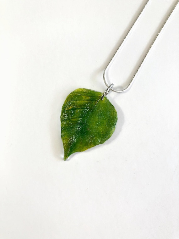 Fused glass necklace, leaf necklace, unique jewelry, plant jewelry, unique gifts for her, jewelry for her, glass Necklace, unique gifts