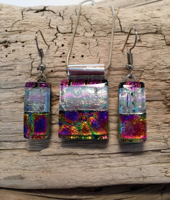 handmade dichroic glass set, jewelry, handmade jewelry, fused glass, glass, dichroic glass, glass pendant, pendant and earring set, necklace