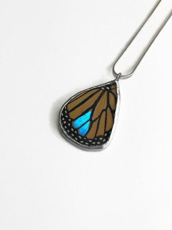 butterfly necklace, gifts for her, monarch butterfly pendant, stained glass pendant, Insect necklace, butterfly taxidermy