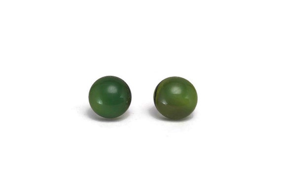 Green Glass studs, Unique gifts for her, fused glass earrings, unique jewelry, statement jewelry, minimalist jewelry, jewelry for her, gifts