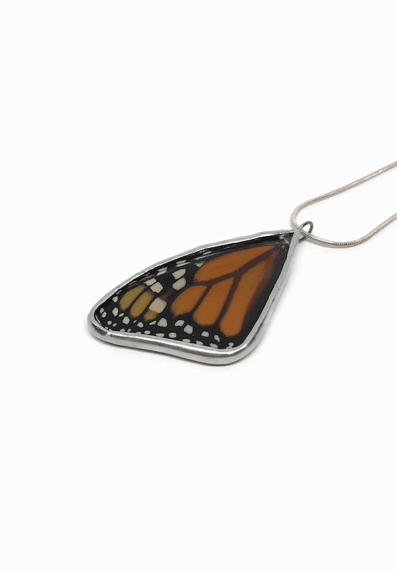 Real butterfly jewelry, gifts for her, Real Butterfly Necklace, real butterfly wing, monarch butterfly, insect jewelry, butterfly taxidermy