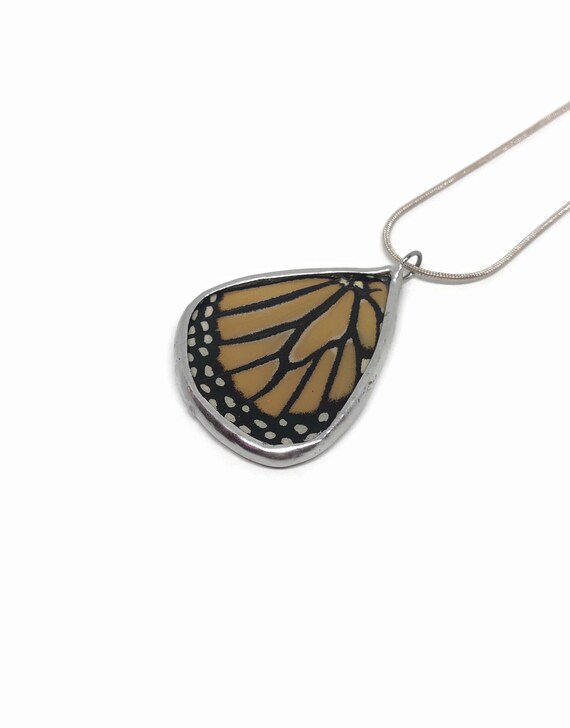 Butterfly necklace, unique gifts, real butterfly jewelry, Real Butterfly Wing, butterfly Pendant, monarch butterfly, insect jewelry, glass