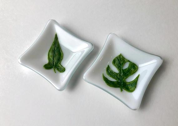 Glass art, fused glass plate, unique art, plant art, gifts for her, Fused glass art, Plant home decor, Glass sculpture, unique gifts
