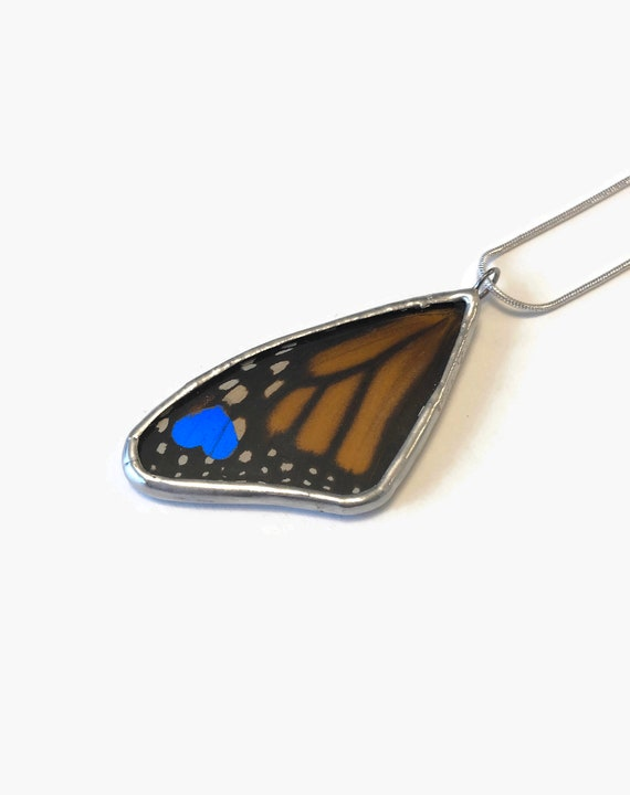 Real Butterfly jewelry, unique gifts for her, real butterfly wing, monarch butterfly, butterfly Pendant, insect jewelry, butterfly taxidermy