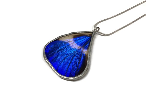 Butterfly pendant, Unique Gifts for mom, jewelry for her, gifts, real butterfly Wing, insect jewelry, best friend gifts, butterfly gifts