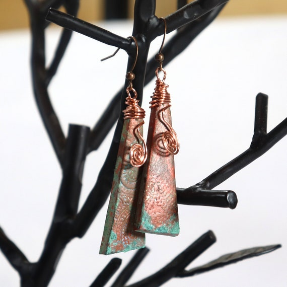 Polymer Clay Bead Earrings - Wired Paisley Drop