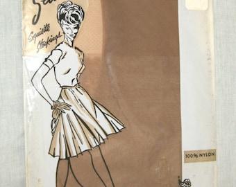 NOS Vintage Exquisite Stockings 50's Seamless Mesh Nylon Stockings Hose- Size 10