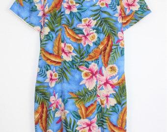 Vintage Hawaiian dress by Young Hawaii size medium