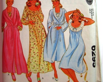 c789b9383f Misses Wrap Robe 2 Lengths and Nightgown 2 Styles Size Petite 6-8 Vintage  1970s McCalls Carefree Pattern 6295 UNCUT