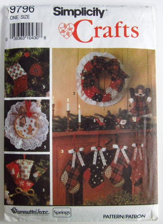 Tree Skirt and Angel   Sewing Pattern Wreath Simplicity 5176 Quilted Ornaments