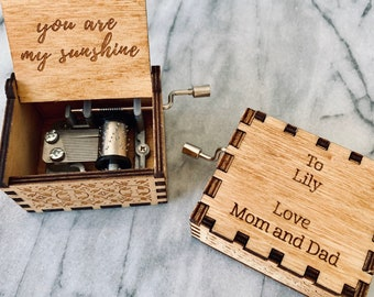 Personalized Music Box   You Are My Sunshine   Wind Up Crank Wooden Engraved Box
