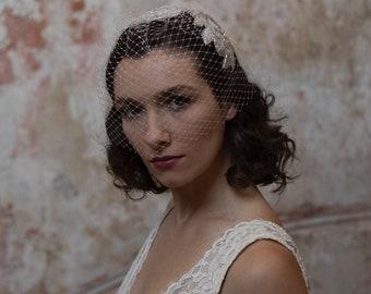 Juliet cap headpiece with birdcage veil -  Art Deco Wedding Headpiece - Vintage Bridal Headpiece and veil -