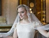 Juliet cap or Mantilla style Bridal Veil - Vintage Wedding Veil in soft ivory tulle - Kate Moss Veil -1920s wedding Veil