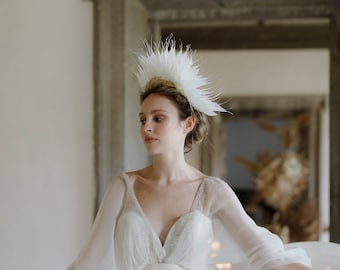 Statement Feather Crown Headpiece - Luxury Bridal Headdress - Wedding Headpiece - Editorial style Bridal crown in ivory and gold