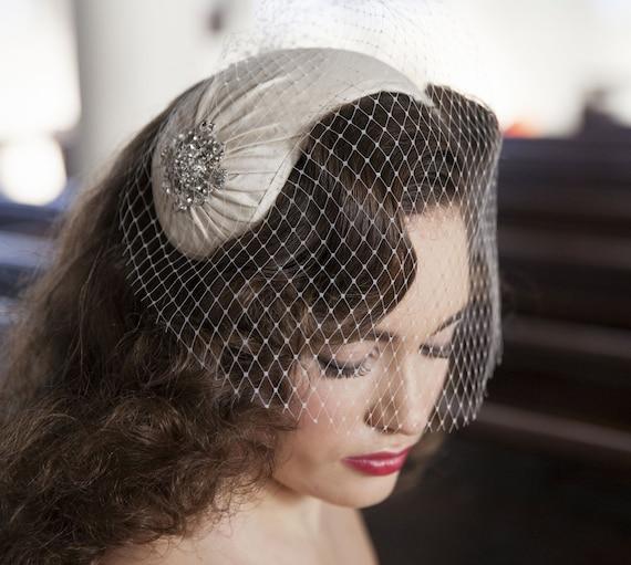 1950s style veil and headpiece half hat and birdcage veil  972069e8770