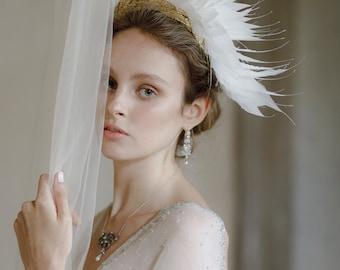 Feather Headpiece - Dramatic  Bridal Headdress - Bohemian Wedding Headpiece - Gold Tiara with feathers -Festival Wedding Hat