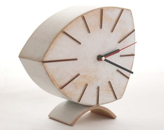 NO TICKING White Wood Desk Clock, Wood Distressed Table Clock Unique Gift, Mothers day gift, Tabletop Quiet / Silent clock, Valentines day