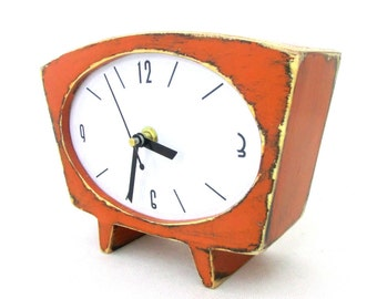 Tangerine Wood Table clock, Vintage 60s style, Pumpkin Desk clock Summer Orange decor, Eco Friendly acrylic paint