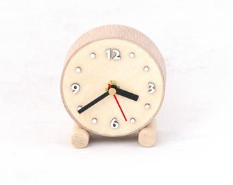 Natural NO TICKING Desk Clock Wood circle, Little QUIET Table Wooden clock, Silent Small cute clock, Nature decor for home, Desk decor