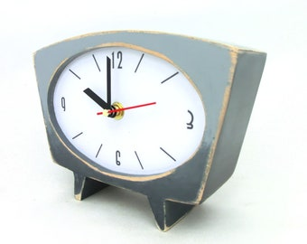 NO TICKING Gray Desk Clock, Grey Ombre clock, Shaded clock, Vintage 60s style, Silent / Quiet Table clock, Desk office decor, Back to School