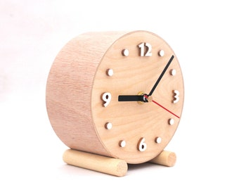 NO TICKING Desk Wooden clock, Quiet / Silent Small Wood Table Clock, Circle clock, Wood for home, Nature decor, Wedding gift, Back to school