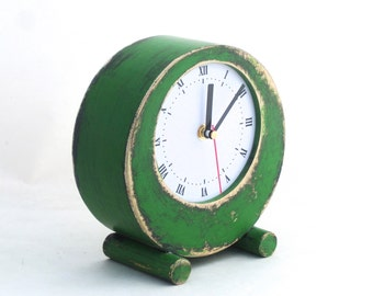 Desk Clock Circle Green, Table Clock, Rustic Table Wood Unique Clock, Spring cottage decor, Mothers day gift, Green home decor vintage style