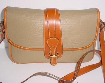 390195e3ef3e Vintage Donney   Bourke Taupe brown leather Cross body Shoulder bag .