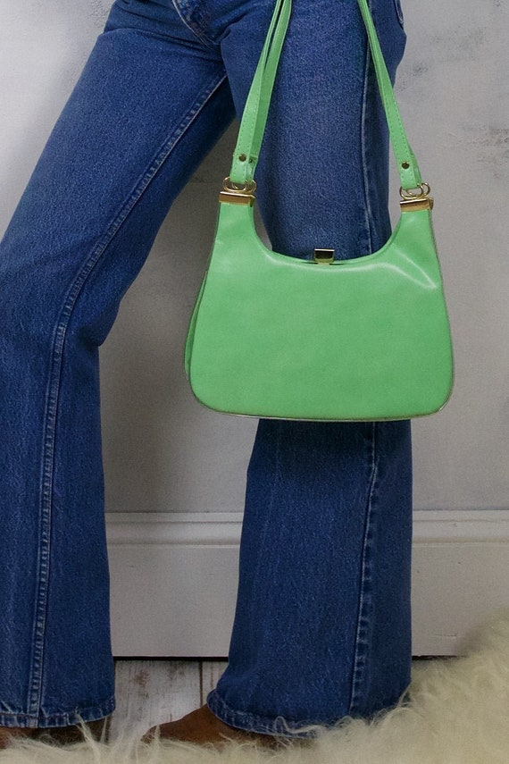 Vintage 60's Smooth Vinyl Pistachio Green Chic Sho