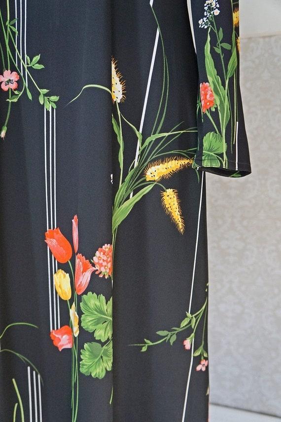 Vintage 70's Bold Tulip Print Chic Dress - image 4