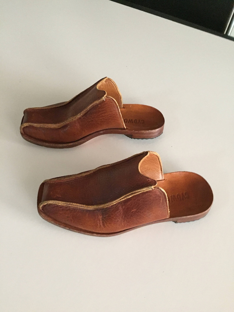 e66980f1341 FREE Shipping Cydwoq Handmade Leather Shoes Ladies Clogs JUST