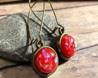 Red gold leaf resin cabochon, antique brass kidney wire earrings - cherry red / iridescent / women girl gift / handmade jewelry