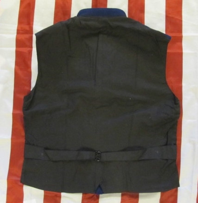 2 pronged buckle in back Union Wool Vest Two Pockets Civil War 9 Federal Eagle Buttons Size 46