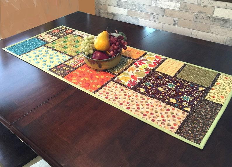 PDF Instant download Sewing Pattern for beginner--Vintage bargello table runner-