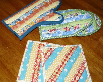 Quilted Oven Mitts and Potholders - Pattern no. 506