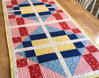 Quilted Table Topper Pattern - Table Runner PDF - Retro Diner Table Topper - Kitchen Sewing - Kitchen Quilting - Quilted Table Runner PDF