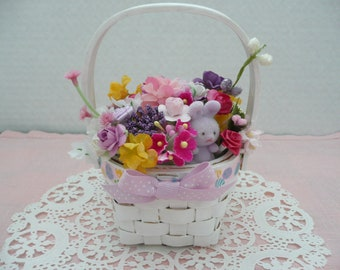 Small Easter Flower Arrangement, Spring Floral Arrangement, Easter Flower Basket