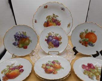 Kitchenware china Dinner plate Bavaria German floral scalloped rim  fine china signed  tableware floral china
