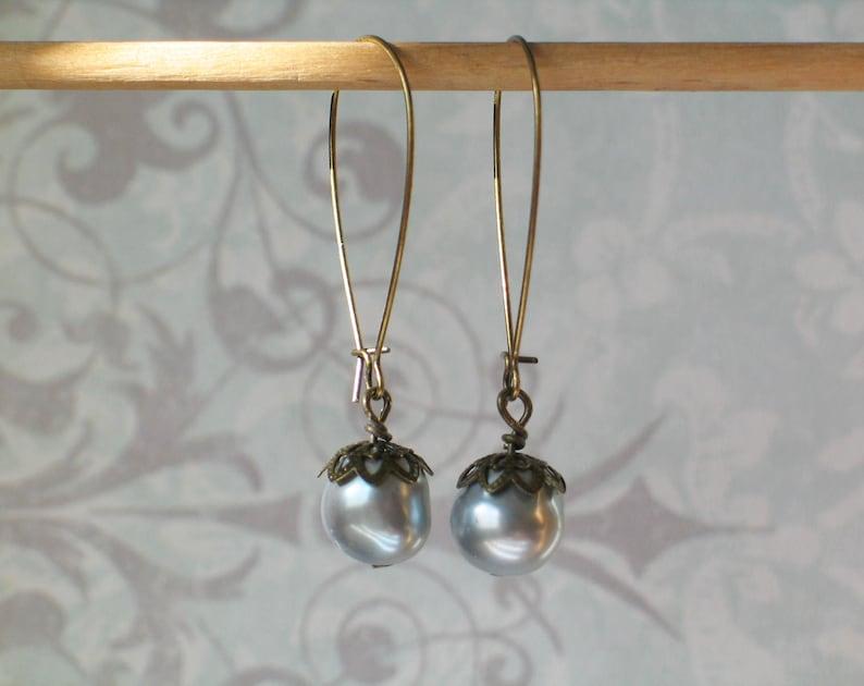 Gray Pearl Kidneywire Earrings Vintage Style Earrings image 0