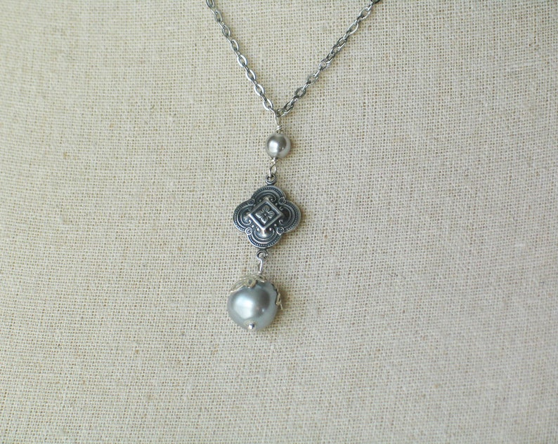 Silver Clover Necklace image 0