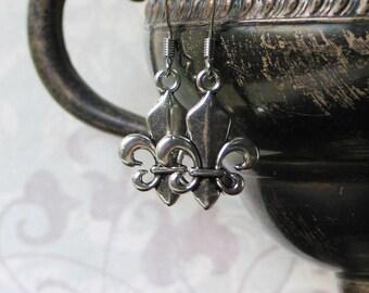 Silver Fleur de Lis Earrings, France, Outlander Inspired, French Royalty