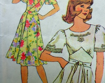 70s Back Wrap Dress Pattern Sz Small Simplicity 7428